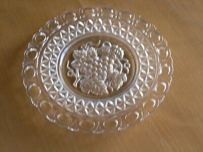 Vintage Reticulated Clear Glass Plate Dish EAPG Grapes Leaves Vines Stars • 15.35£