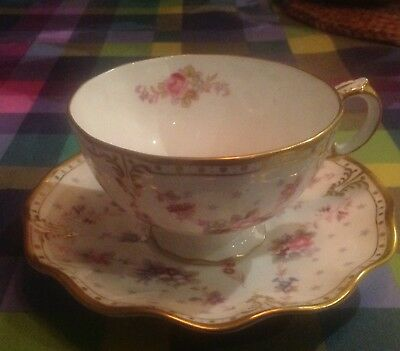 Eight (8) Royal Crown Derby Royal Antoinette CUPS AND SAUCERS FIRST QUALITY. • 600£
