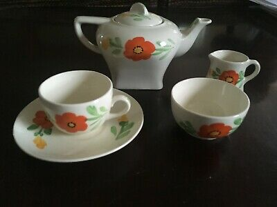 HANCOCK'S IVORY WARE CHILD'S 'ART DECO'  Tea Service   • 20£