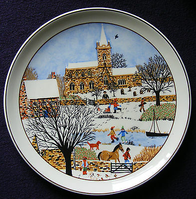 Glorious Prinknash 8.5  Plate: Winter - Skating, Snowman, Sled - See Photos • 5.75£