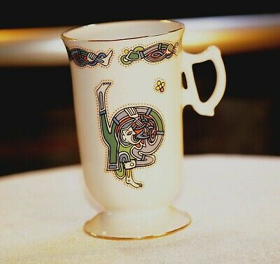 Royal Tara Porcelain Cup Celtic Design TARA HALL FROM Ireland • 29£