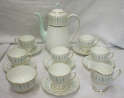 MINT & UNUSED Queens Caprice Pattern English FineBone China 15 Piece Coffee Set  • 29.99£