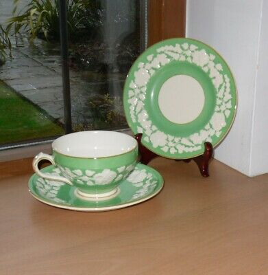 George Jones Rhapsody Crescent Trio (Cup,Saucer,Plate) In Green - Post 1920 Mark • 10£