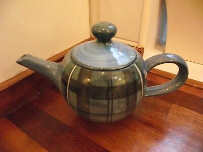 Tain Pottery Scotland Wee Teapot (A) • 25.67£