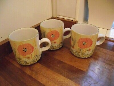 Tain Pottery Scotland Wee Mug 3 Inches High Poppy Pattern Qty 3 • 16.78£