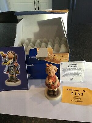 Hummel Roses Are Red Figurine - Boxed • 7.57£