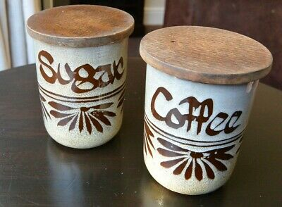 Vintage Wellhouse Pottery - Brixham -  Coffee And Sugar Jar With Wooden Lid • 8.99£