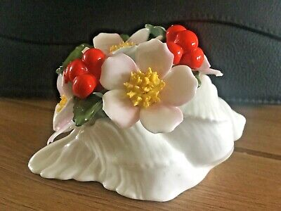 Aynsley Hand Painted Flower Of The Month December Christmas Rose Shell Posy • 6.99£