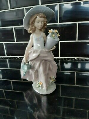 Lovely Lladro A Wish Come True  9 1/2 Inch High From 1999 Now Discontinued 7670 • 52.33£