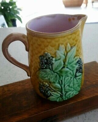 19th Century Majolica With Blackberry Fruit Jug / Pitcher • 13.50£