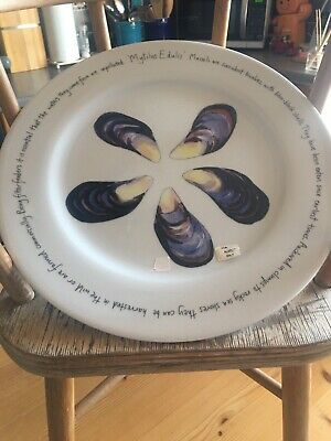 BNWT Jersey Pottery Mussels Decorative Plate  • 8£