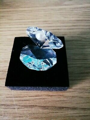 Crystal With Pearl Detail, Must Go - Bargain • 6£