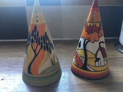Clarice Cliff Salt And Pepper Shakers • 35£