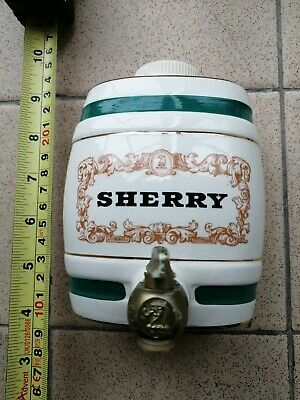 Vintage Wade/ Gilbey's Small Ceramic Keg • 17£