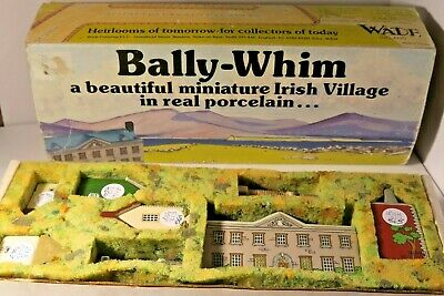 Wade Ireland - Bally Whim Village - Complete Boxed Set - 8 Porcelain Figures • 75£