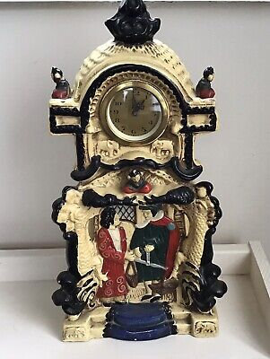 Embosa Ware Clock - 1930's  - Cyples Old Pottery • 10£