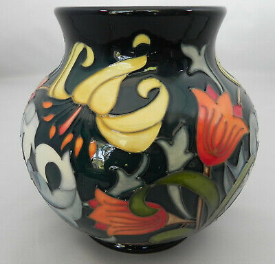 Moorcroft Dearle Vase 914/6 By Emma Bossons 14.5cm Tall No 36 Of 40, Excellent • 399£