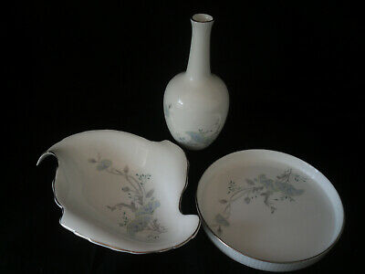 Royal Doulton  Moon Flower  Collection. • 4.99£