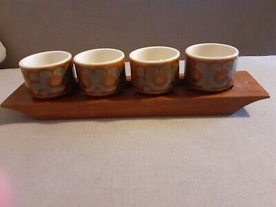 Hornsea Bronte Egg Cups And Stand • 5£