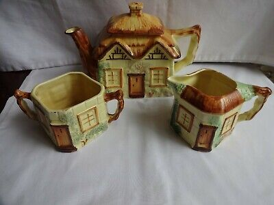 KEELE STREET POTTERY STAFFORDSHIRE Handpainted COTTAGE WARE 3 PIECE TEA SET • 22£