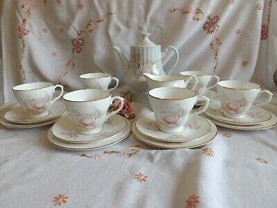Pretty Vintage English Bone China Pall Mall Ware Pink Floral 19 Piece Tea Set • 19.99£
