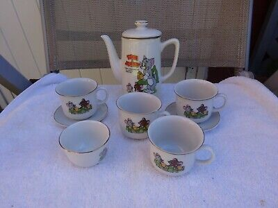 Vintage 1989 Tom And Jerry Tea Set Teapot Cups And Saucers And Sugar Bowl • 4.99£