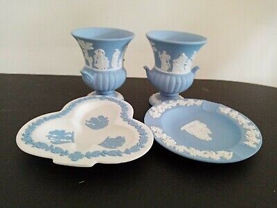 4 Wedgwood Jasperware Pin / Trinket Dishes.3 White On Blue 1 Blue On White  • 6£