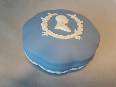 Wedgwood Jasperware H.R.H Duke Of Edinburgh Scalloped Trinket Box Excellent 5  • 1£