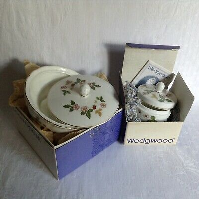 2 X Wedgwood Wild Strawberry Trinket Box / Pot • 16£