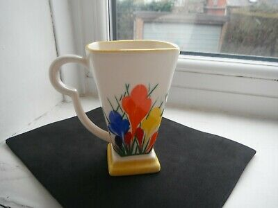 CLARICE CLIFF STYLE  CROCUS   BEAKER  By MOORLAND POTTERY -MINT • 15£