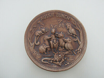 Aussie Bunch Pottery Plate By Jolly Swagman Souvenirs,14.5cms Diameter • 2.99£