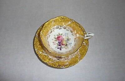 Paragon Gilded English Bone China Flowers Roses & Fruits Cup & Saucer • 10£
