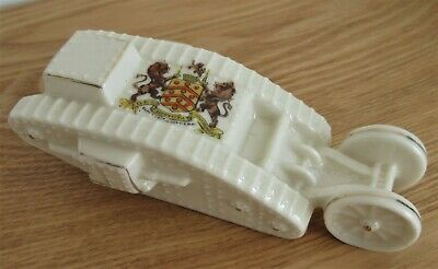 Arcadian Crested China Model Of Tank With Trailing Wheels - Gloucester - WW1  • 9.99£