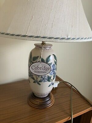 Cobridge Stoneware Lamp • 100£