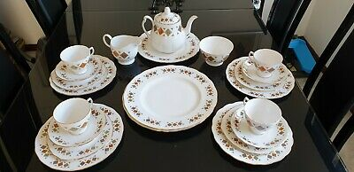 Colclough Bone China Tea Set, 22 Pieces In Lovely Condition • 19.99£