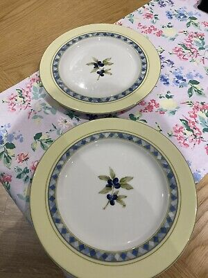 Two Royal Doulton Carmina 1999 Fine China Tea / Salad / Side Plates • 7£