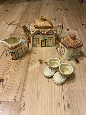 Cottage Tea Set & Egg Cups.Paramount Pottery • 15£