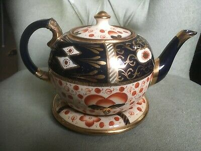Vintage Stoneware  Pottery Teapot And Stand  • 30£