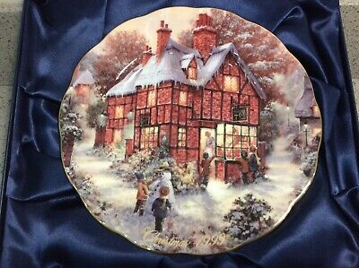 ROYAL DOULTON - Christmas 1999 Collectors Plate - The Magical Window - BRADEX • 15.95£
