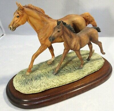 """Border Fine Arts – Horses """"Thoroughbred Mare And Foal"""" – 122 – Wall • 94£"""