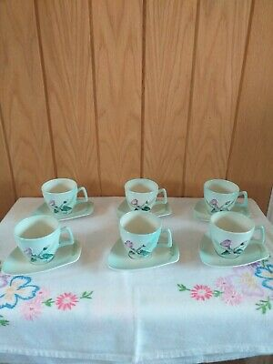Unusual Vintage Carltonware Coffee Cups And Saucers • 15£