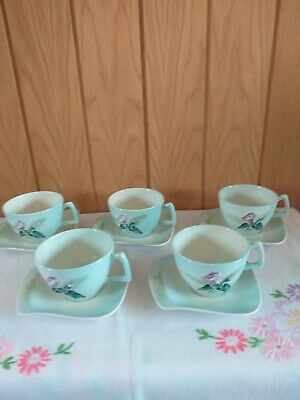 5 Unusual Vintage Carltonware Cups And Saucers • 15£