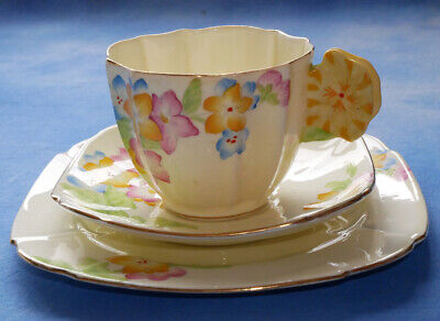 Early Paragon Aynsley Trio 'Saxifrage' With Flower Butterfly Handle - Art Deco • 52£