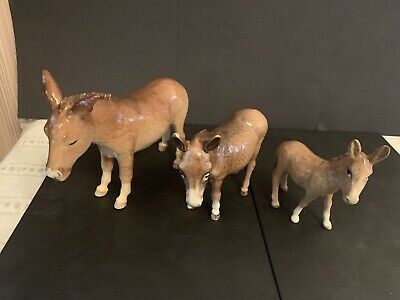 Beswick Donkey Family Set Of 3  - Excellent  Condition • 50£