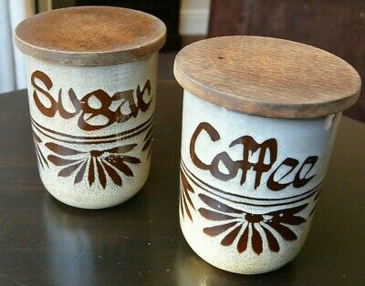 Vintage Wellhouse Pottery - Brixham -  Coffee And Sugar Jar With Wooden Lid • 9£