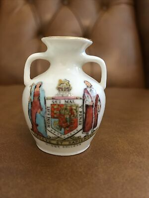 W H Goss Crested China Portland Vase Kings College • 3.99£