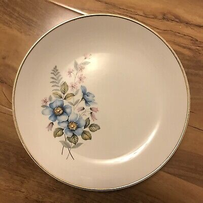 Crown Clarence Staffordshire Floral Plates X3 • 6£