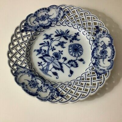 Meissen Onion Blue And White Plate • 25£