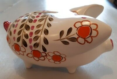 Arthur Wood Piggy Bank - 5032 Hand Painted Daisy Design. Made In England • 14£