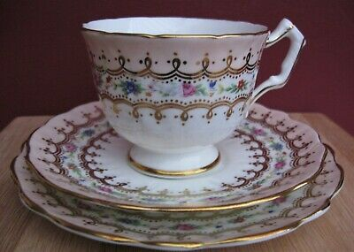 Aynsley Tea Trio. C. 1930's Pretty Pink/Gold/Floral In Excellent Condition • 14.70£